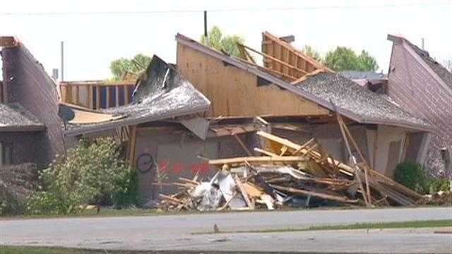 Town offers students homes after tornado