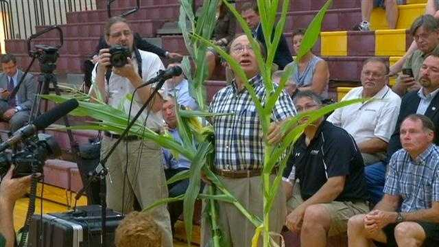 Officials talk drought's impact on Iowa