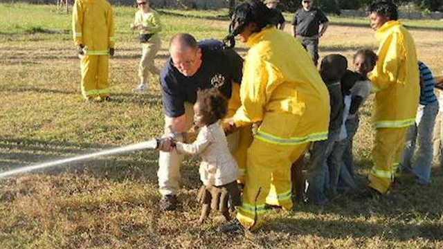 Iowa team fights fires in Africa