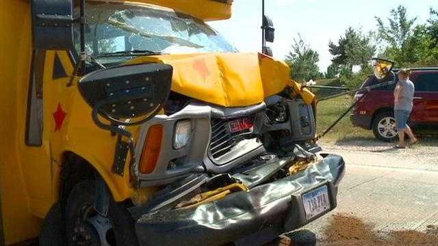 3 children hurt in day care bus crash