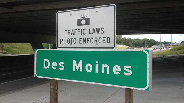 Des moines traffic photo enforcement sign