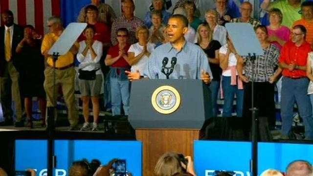 Obama boone podium