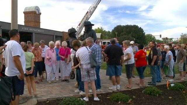 City unveils new 9/11 tribute statue