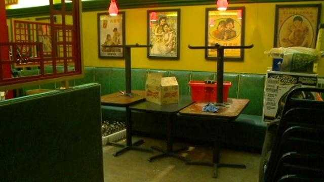 Fong's Pizza working to reopen