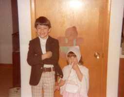 Christopher (6) and Sarah (3) before 1st Sunday School at Humeston - May 1978