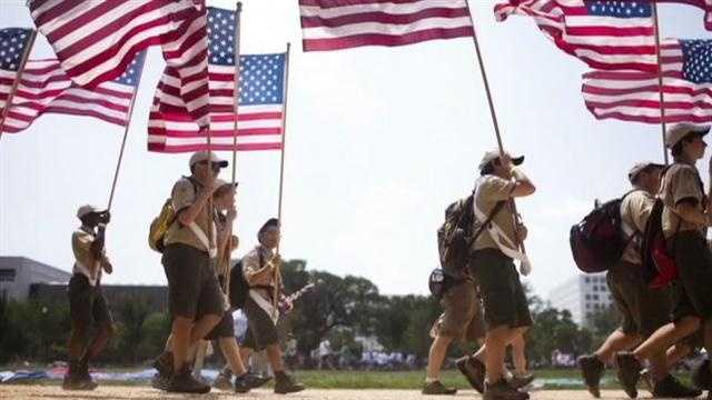 Boy Scouts considering retreat from no-gays policy