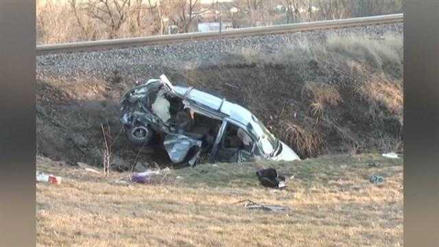 img-2 children killed when train hits minivan