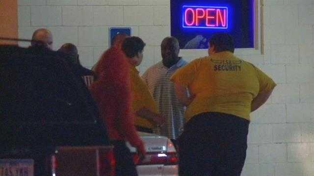 img-1 killed 1 injured in strip club shooting