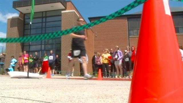 Run draws attention to trails