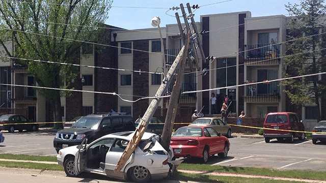 Douglas crash pole
