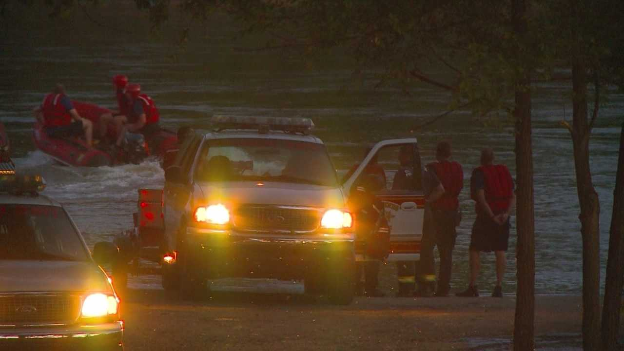 The Des Moines Fire Department confirmed authorities recovered a body from the Des Moines River.