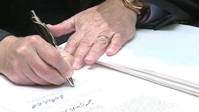 Branstad generic bill signing CU