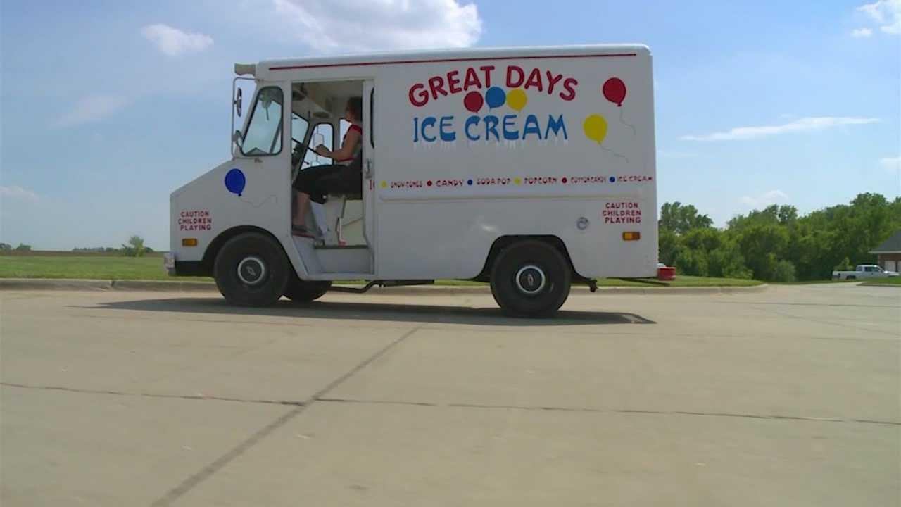 Ice cream truck beats the heat