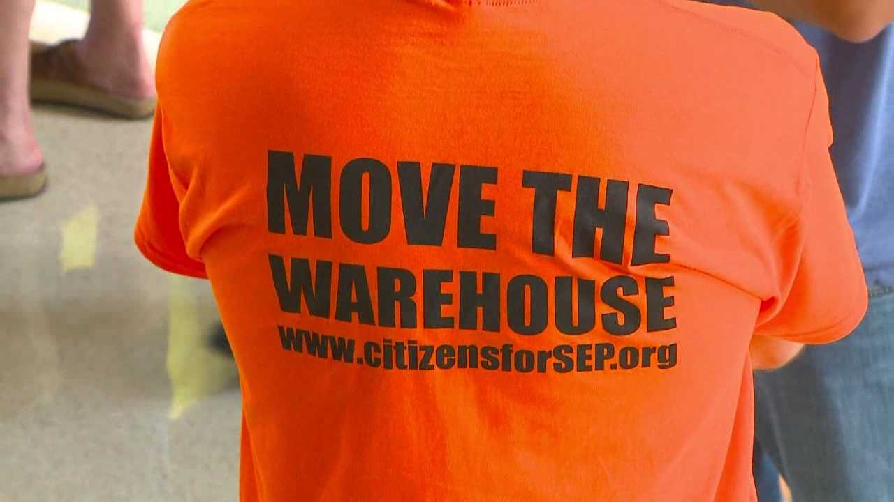 Residents fight proposed warehouse