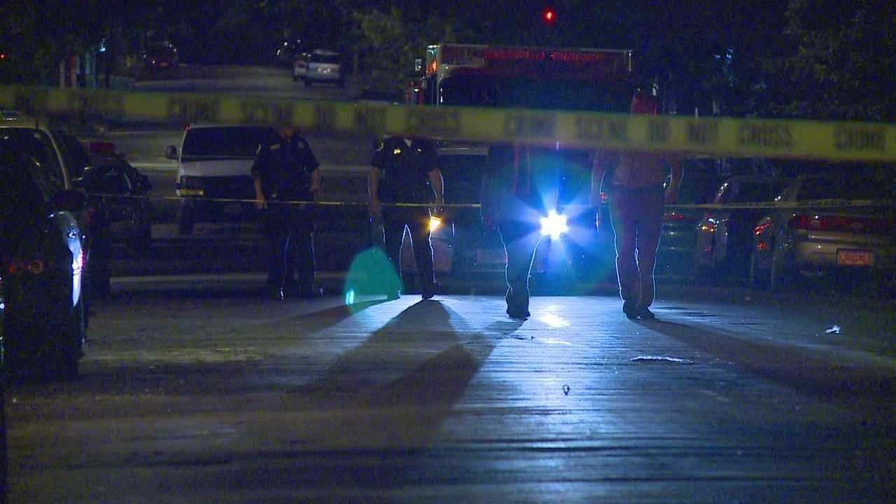 img-After home invasion officers shoot suspect