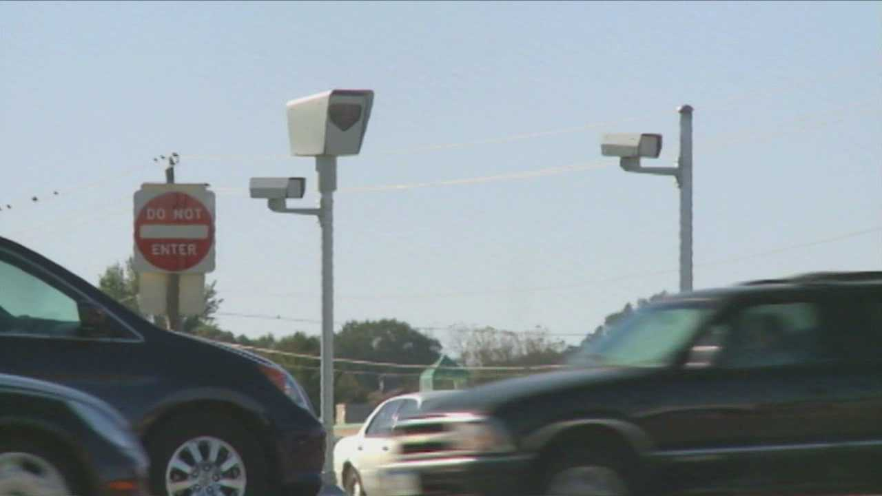 img-City votes to dump traffic cameras