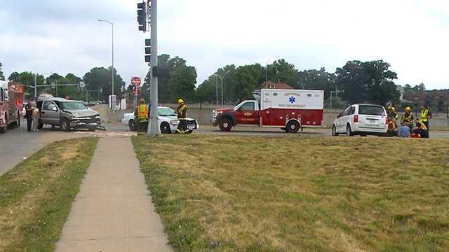 Crash at MLK in Des Moines