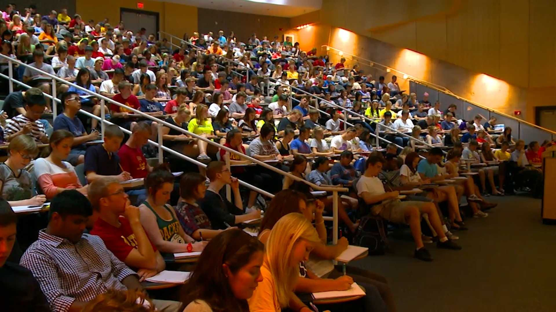 President's message on college costs comes as ISU students prep for classes