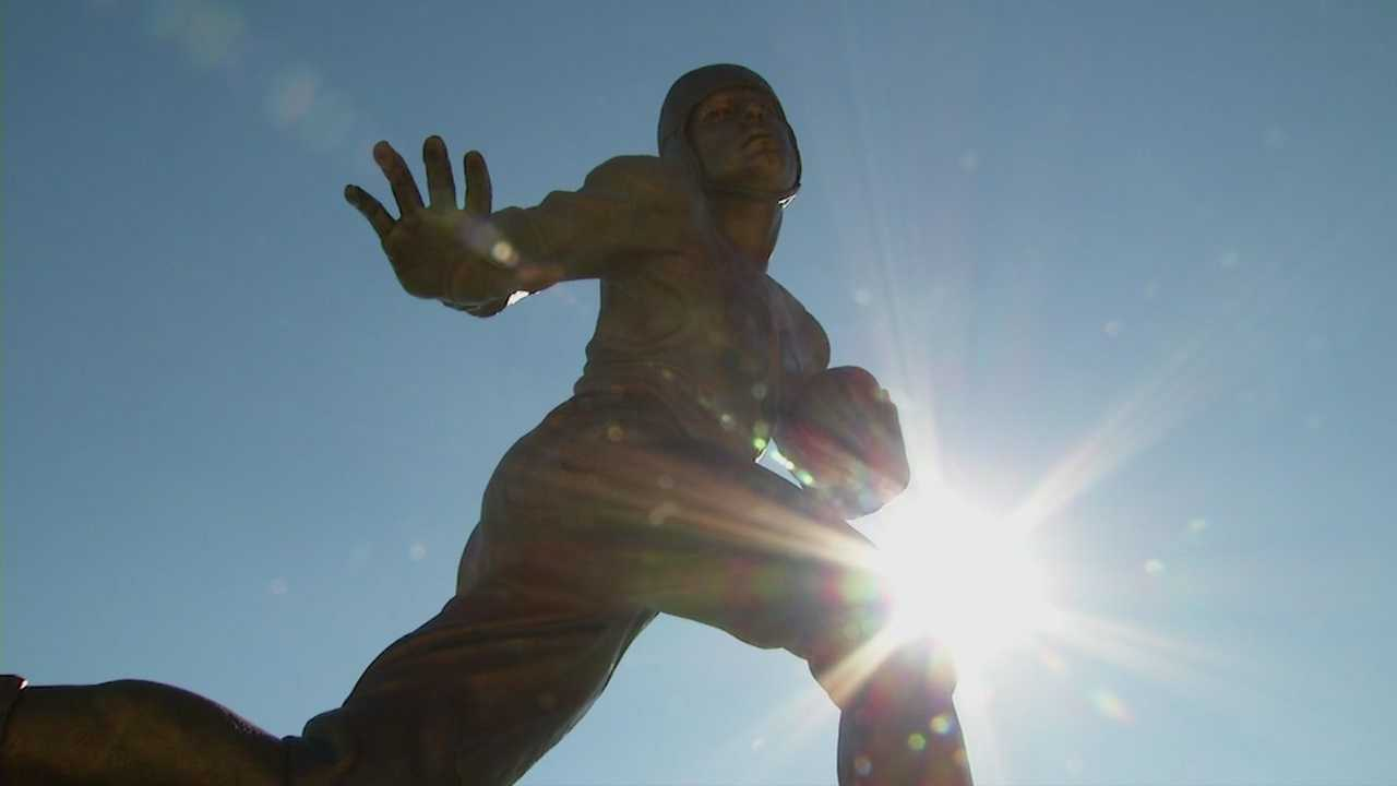 Statue of first Heisman winner with Iowa ties