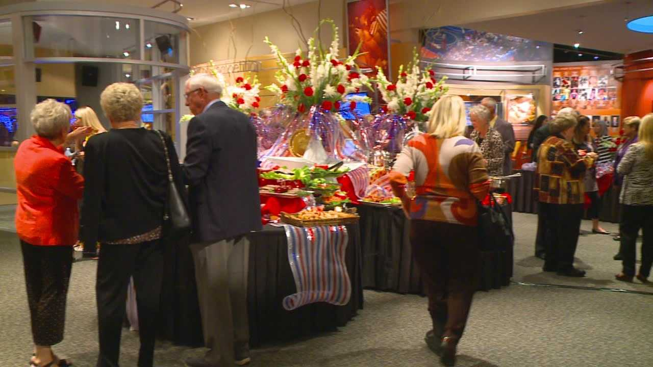 Fundraiser at Iowa Hall of Pride brings out big names