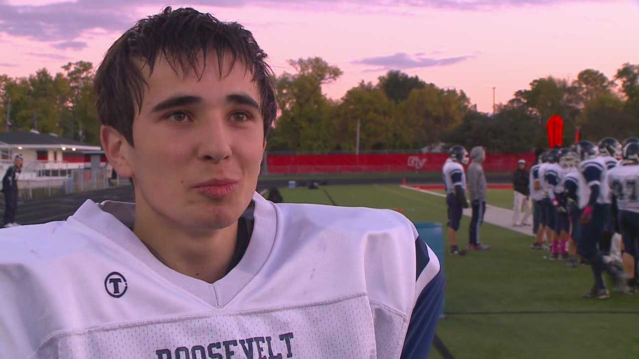 Kicker Dude learns American football