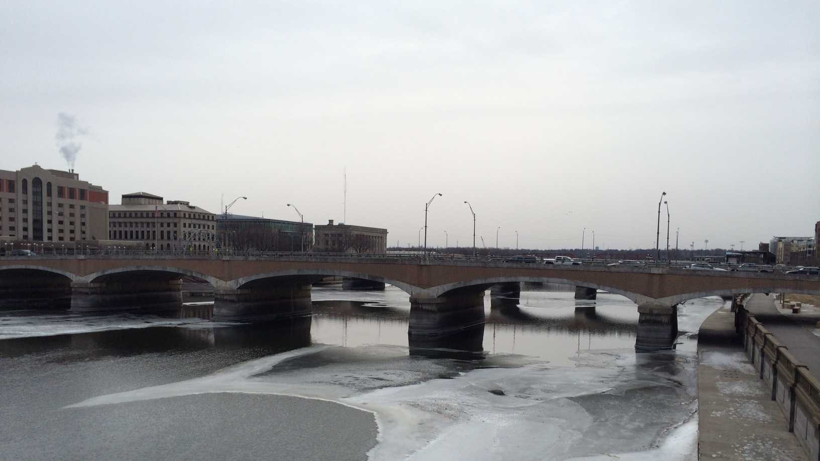 Grand Avenue Bridge in Des Moines