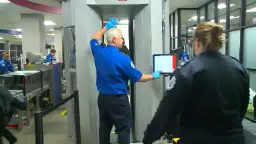Des Moines Airport security checkpoint