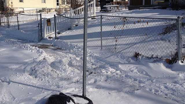 sidewalks shovel snow