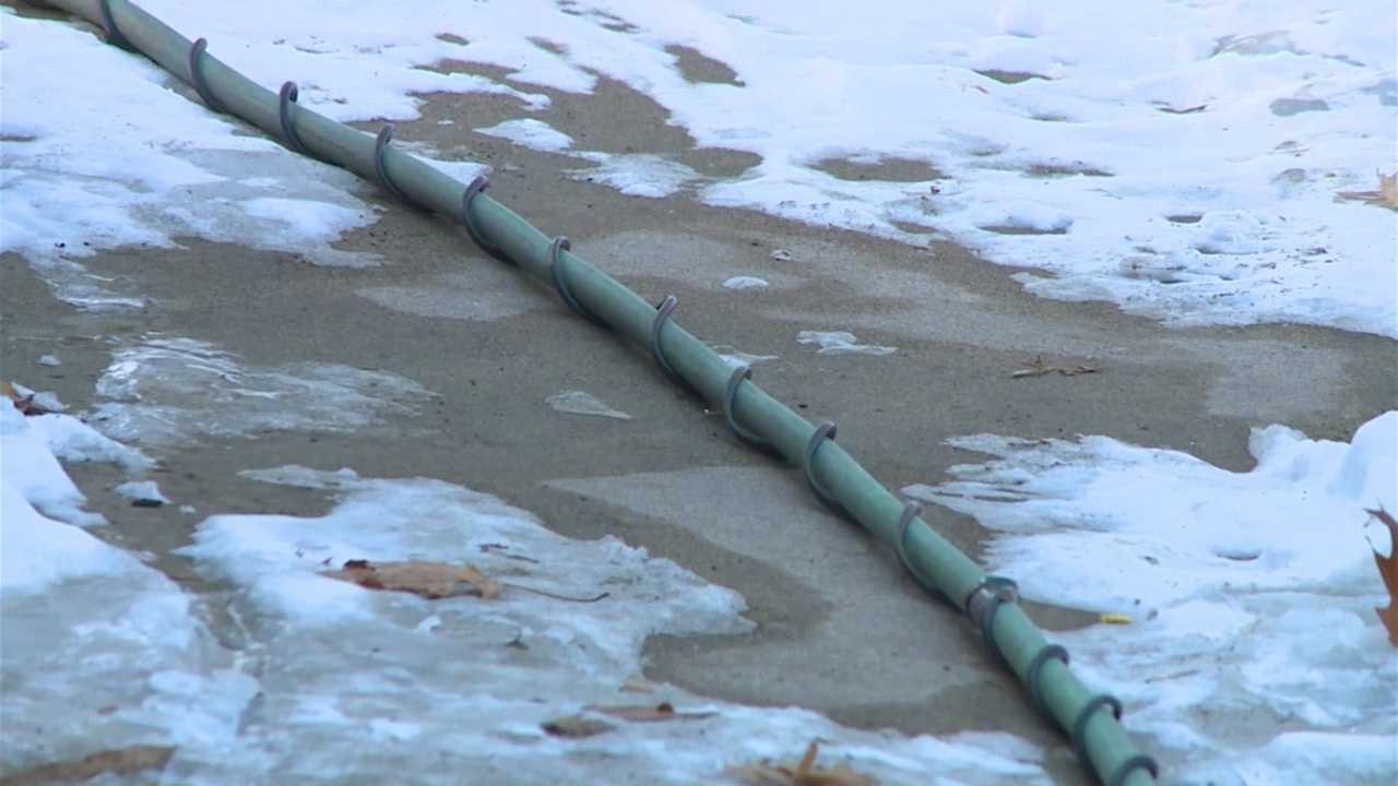 More than 20 homes in Marshalltown were without water Thursday, and some residents are improvising.