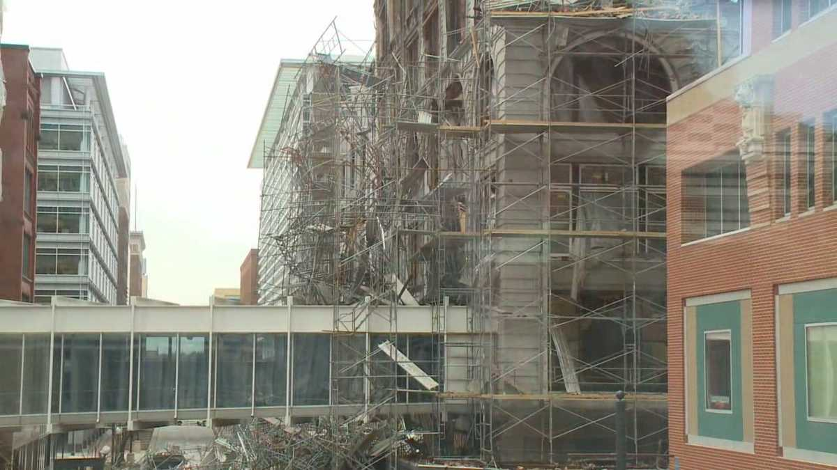 Younkers Fire Agents Hope To Get Inside Tea Room
