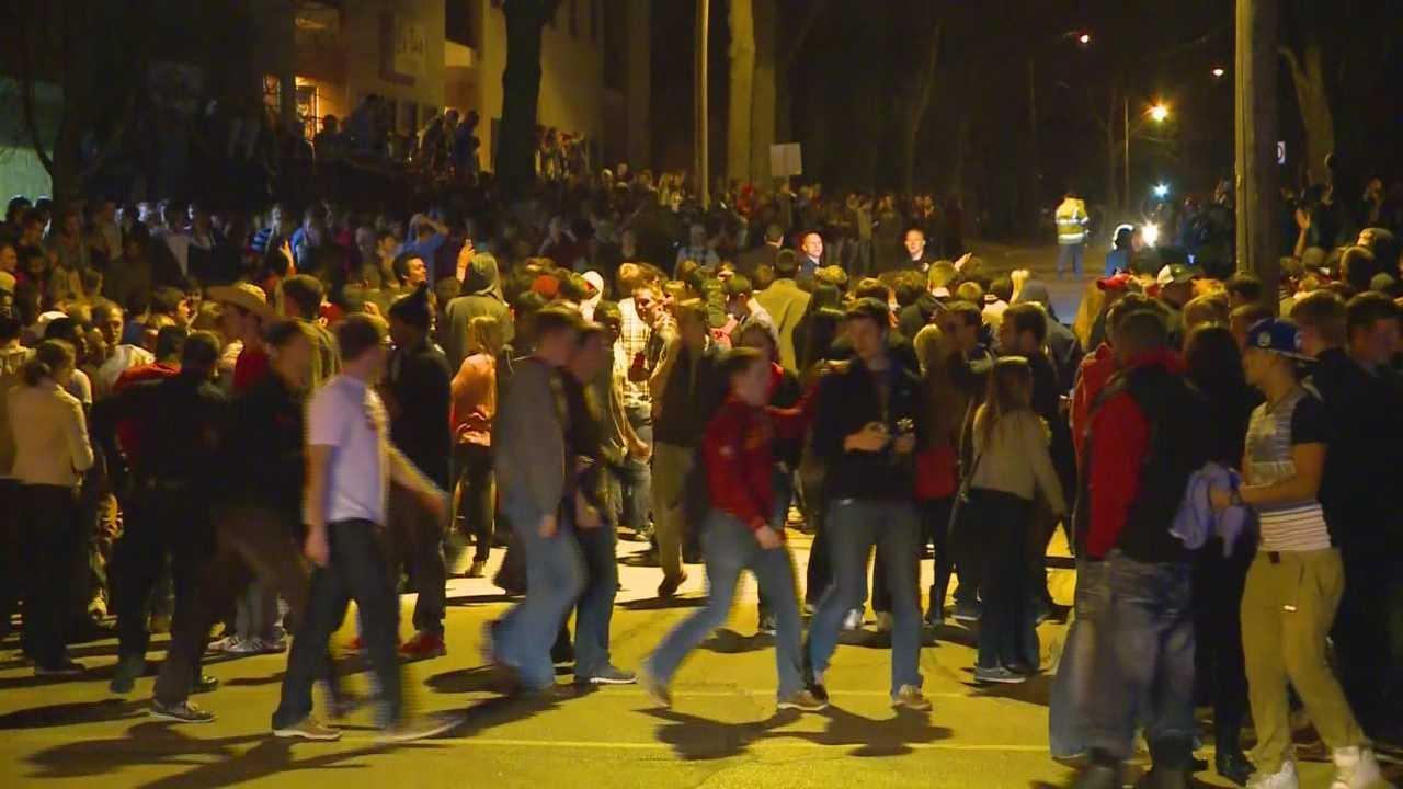 img-1 injured in riot at ISU