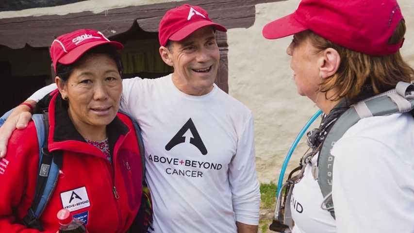 Iowans helping Sherpas after deadly avalanche in Nepal