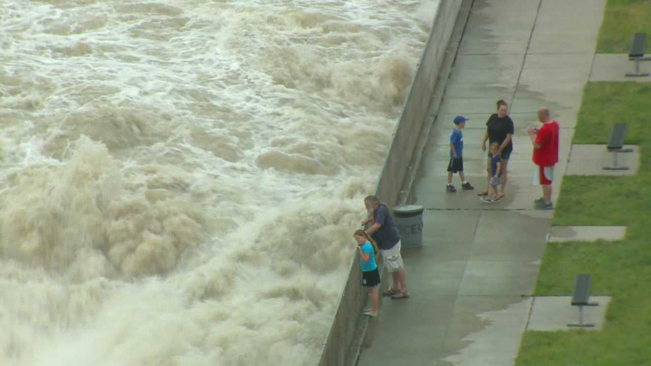 Crews are trying to cope with the rising waters