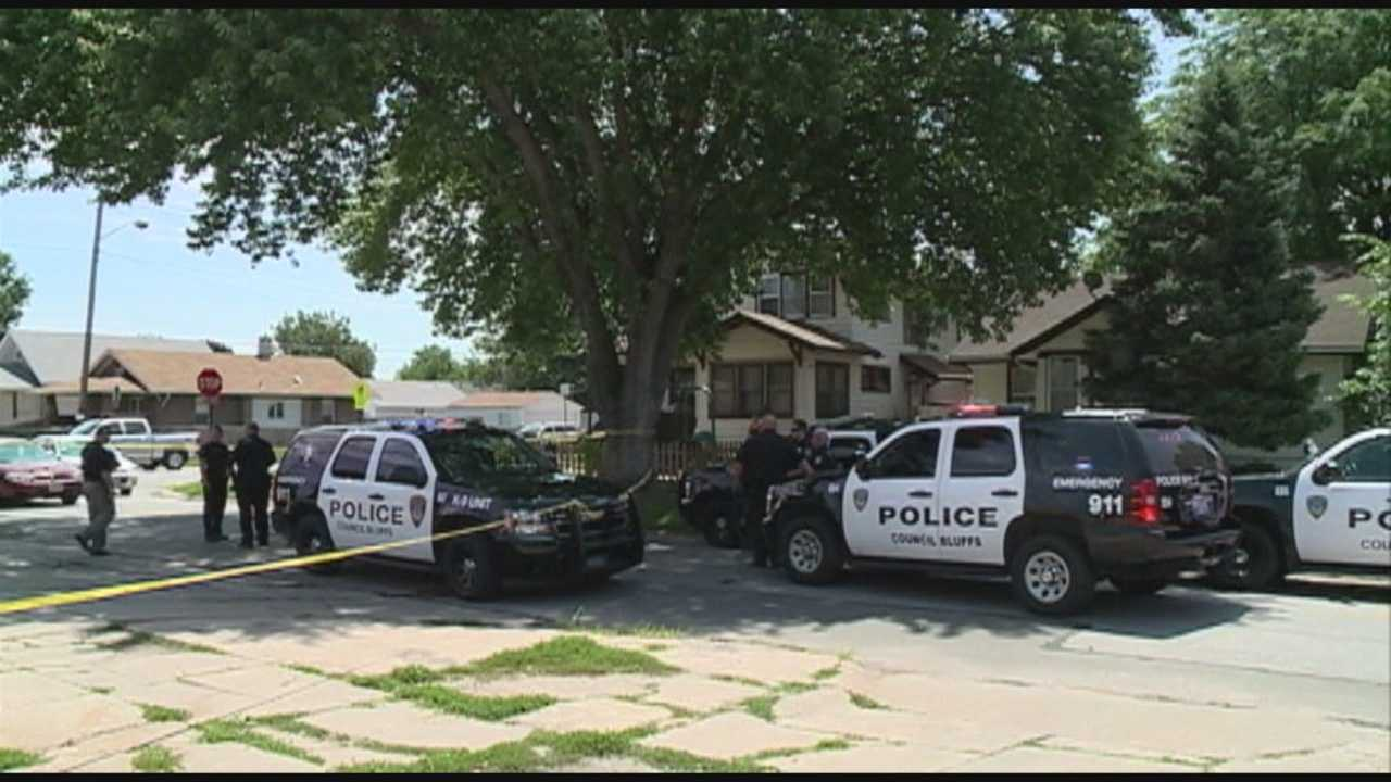 Authorities identify man stabbed in Council Bluffs