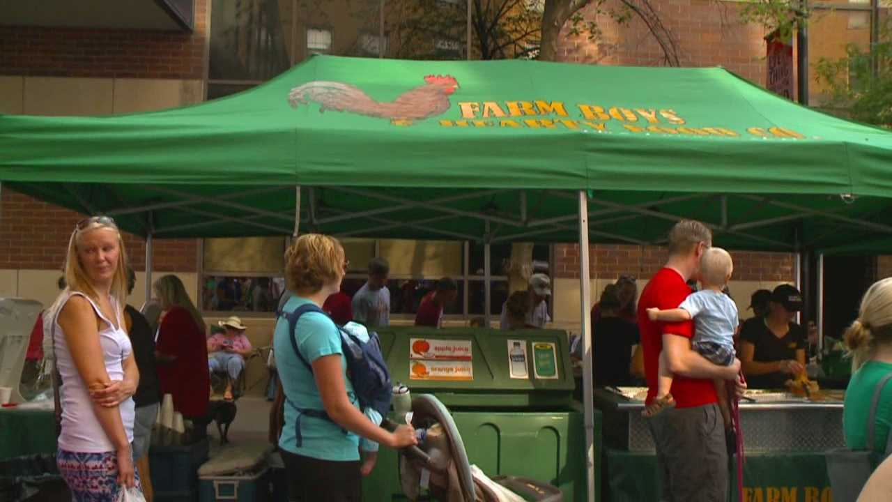 Suspended vendor returns to farmers' market