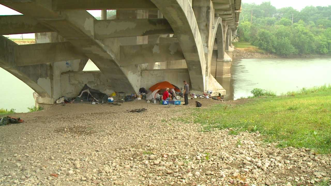 img-New ideas to help homeless as camp moving deadline looms