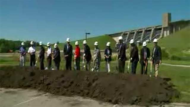 Groundbreaking for hydroelectric dam at Lake Red Rock