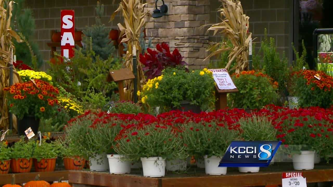 Iowans prepare for the first frost of the season