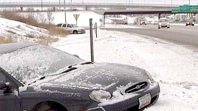 Snow car in ditch generic - 18345919