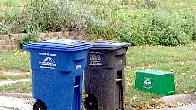 Recycle carts garbage new des moines - 17545732