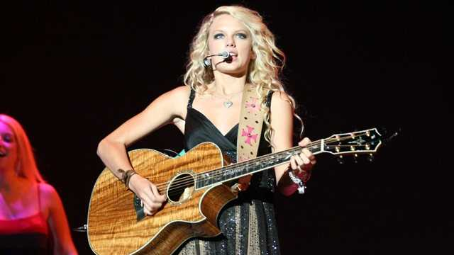 country divas - Taylor Swift 2007 concert