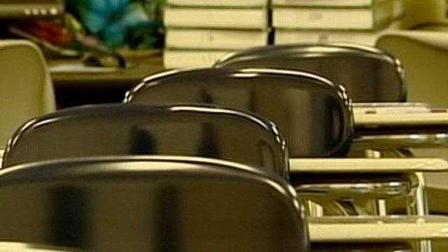 mon school classroom desks generic no bug - 21426387