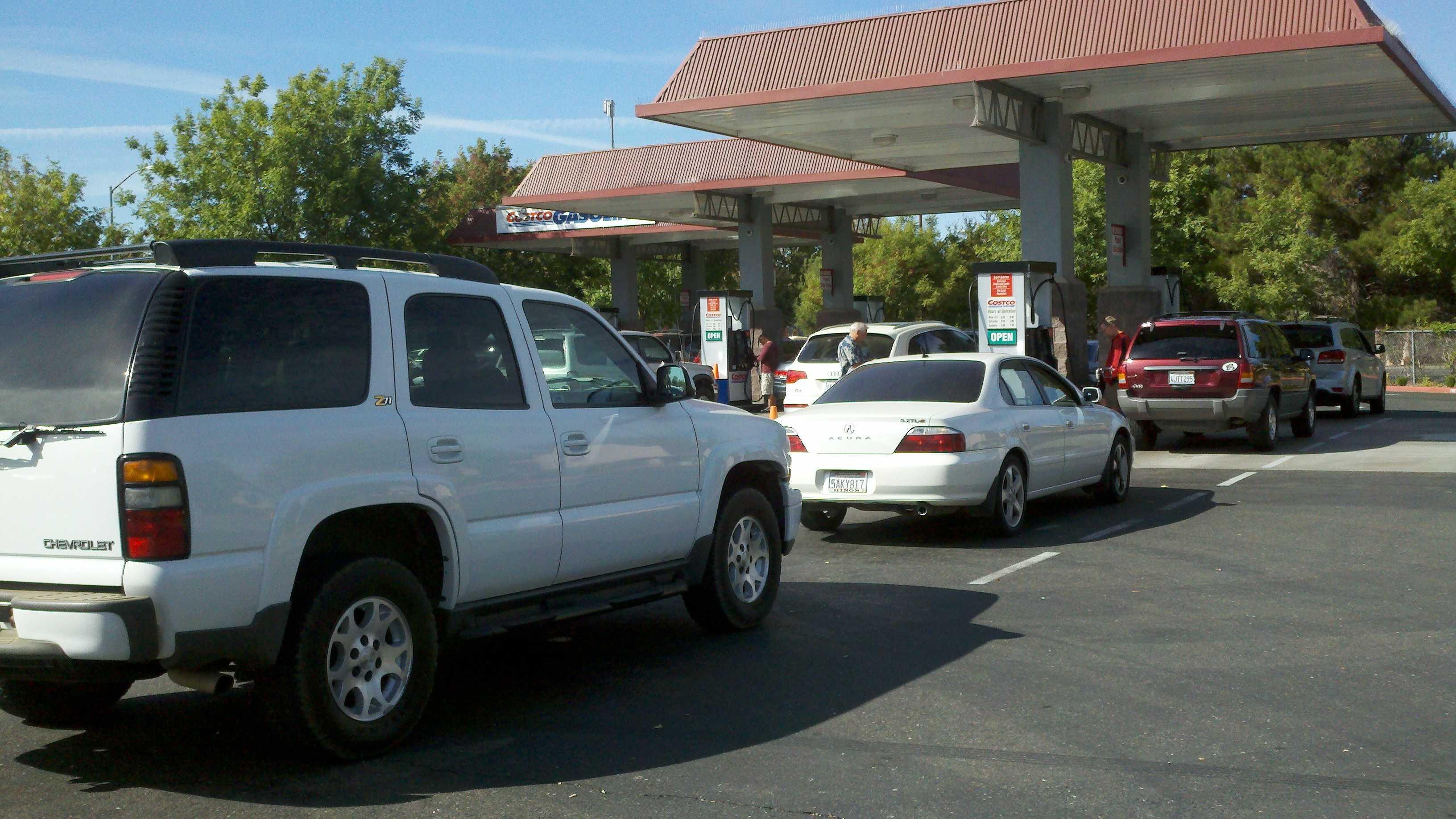 Costco gas lines