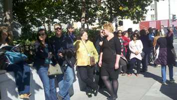 Obama supporters wait in line in San Francisco (Oct. 8, 2012).