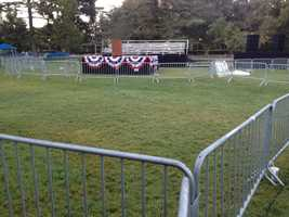 The stage is set for Clinton.