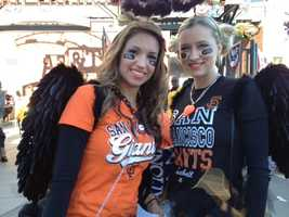 Fans enjoy theatmosphereof Game 2 in San Francisco on Thursday.