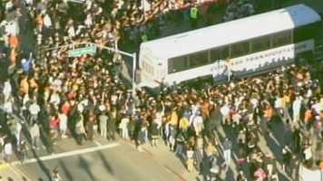The San Francisco Giants, fresh off a World Series sweep over the Detroit Tigers, arrive in the Bay Area where fans waited togreet them.