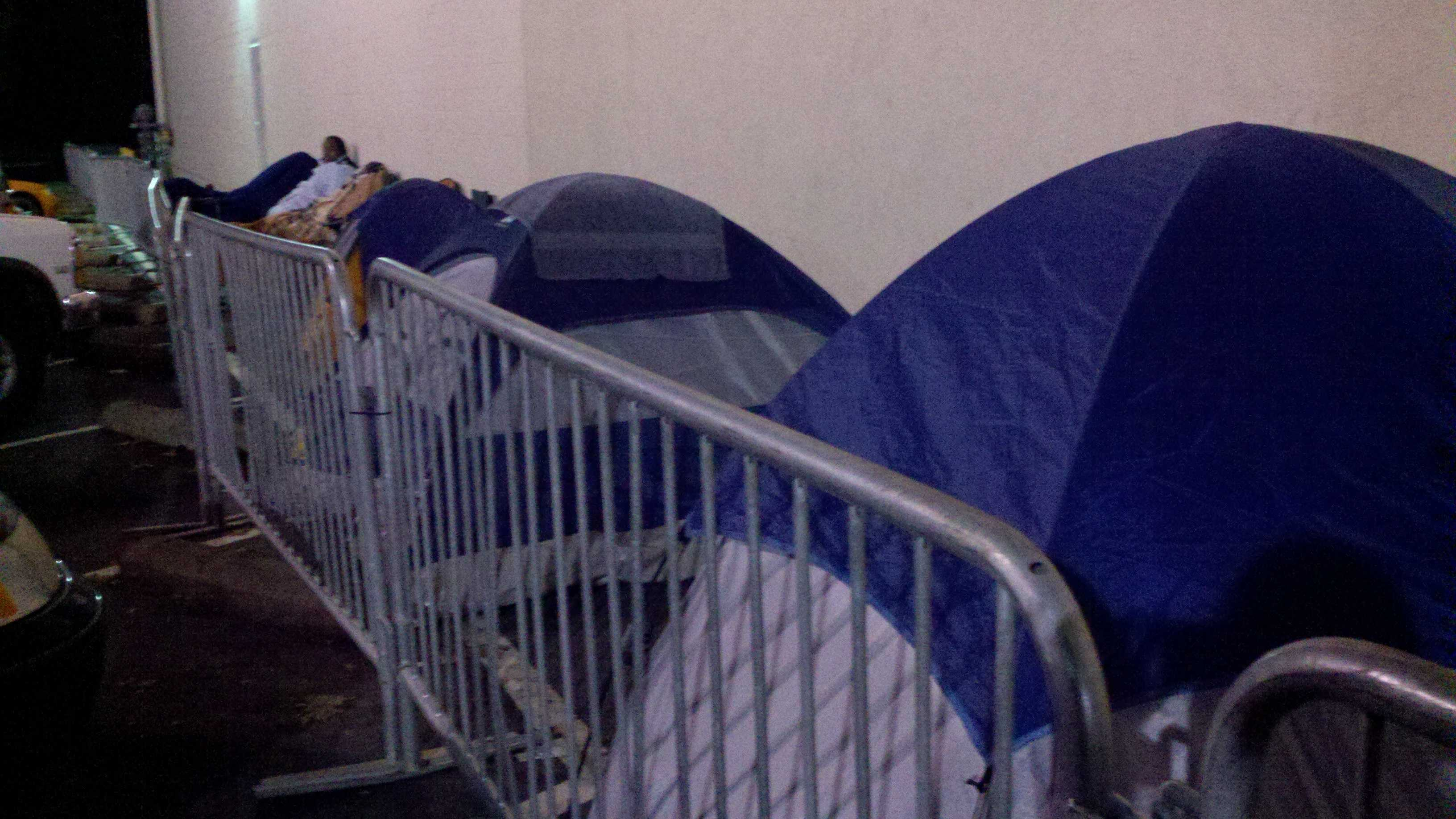 Some early shoppers out in front of the Best Buy in Sacramento on Thanksgiving Day.
