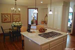 Here's another angle of the kitchen and dinning area.