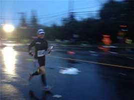 SundayRunners in the California International Marathon braved heavy rain and powerful winds on Sunday.